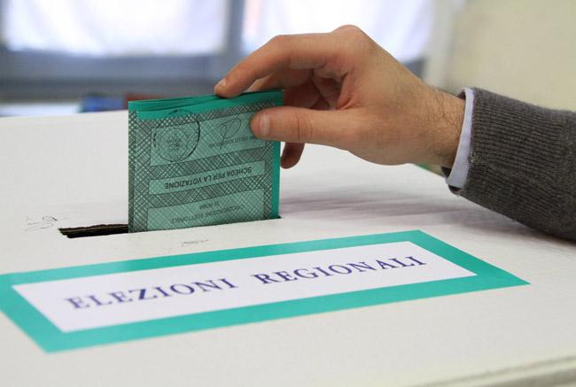 Elezioni regionali 2015 - Affluenza ore 12.00